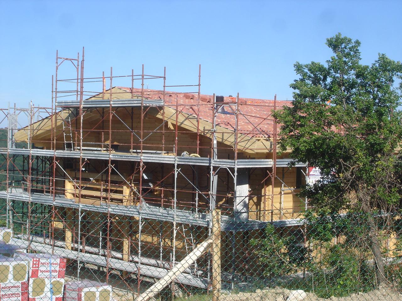 Case in legno Marche in costruzione