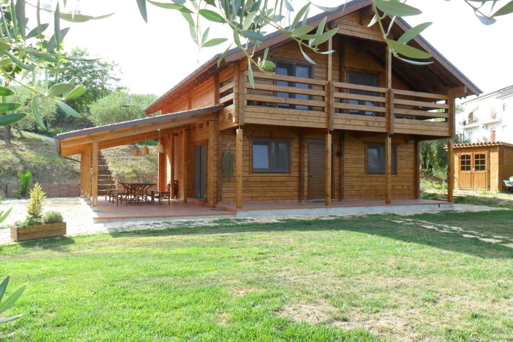 Casa in legno domus176 prezzo e fornitura sistema blockhaus - Prezzo casa prefabbricata in legno ...